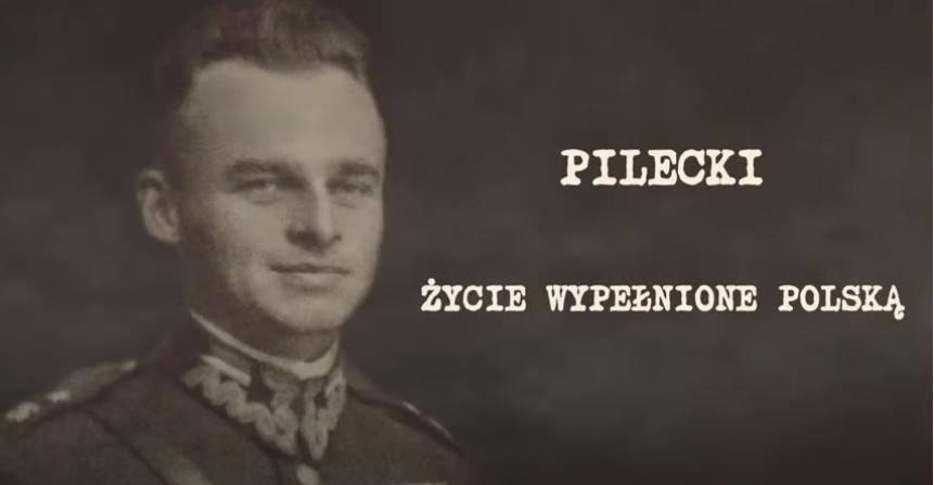 Portret Witolda Pileckiego z napisem: Pilecki Życie wypełnione Polską